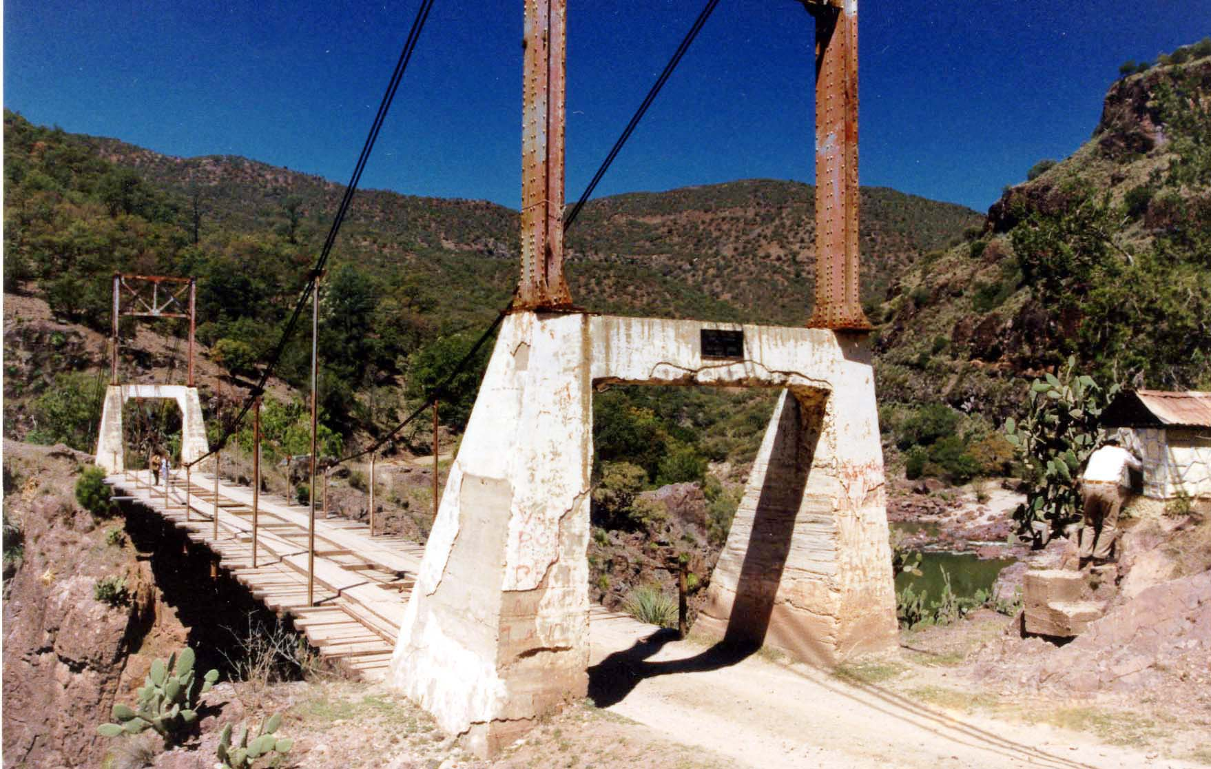 Huapoca Suspension Bridge